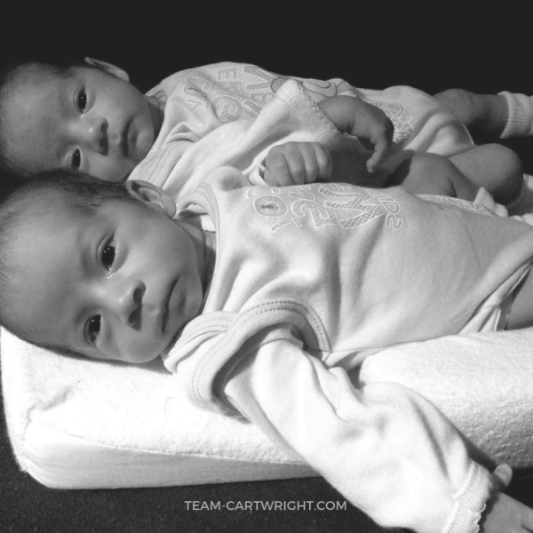 Twin Wake Times and Bedtime Routines: How To Get Your Twins on a Schedule
