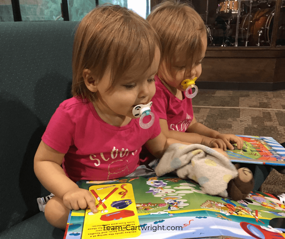 Twin Toddler Schedule Learn what a day in the life of two-year-old twins is like. And get a sample schedule to help bring order to your day with twins! #TwinSchedule #BabywiseSchedule #BabywiseTwins #Twins #ToddlerTwins #2YearOldTwins Team-Cartwright.com