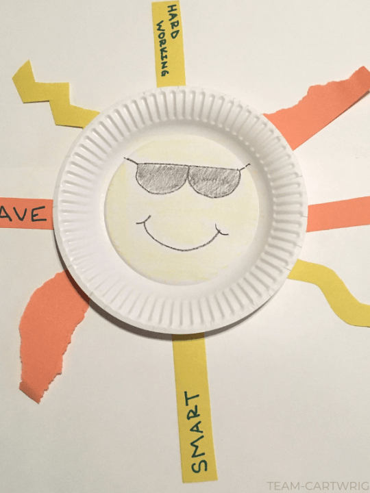 Easy Preschool Sun Craft! Make this super simple art project that works fine motor skills and builds kindness. (Yes, you can do both at once!) Fun, Art, and Learning. #ToddlerArt #PreschoolArt #SunCraft #FineMotorSkills Team-Cartwright.com