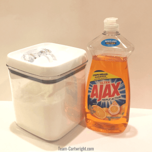 picture of canister of granulated sugar and container of dish soap, the two ingredients to make unpoppable bubbles