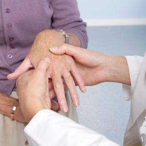 I legami tra parodontite e artrite reumatoide