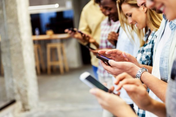 movil-smartphones-clientes-apps-usuarios-tecnologia-recurso-BBVA-e1514912389593.jpg