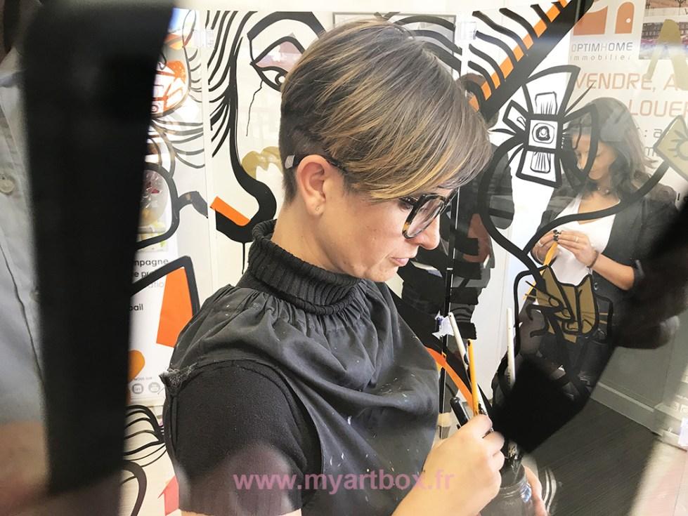 artiste aNa dans la fresque cylindrique my art box