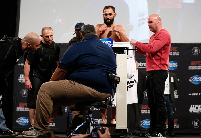 an-aging-johny-hendricks-lashes-out-1