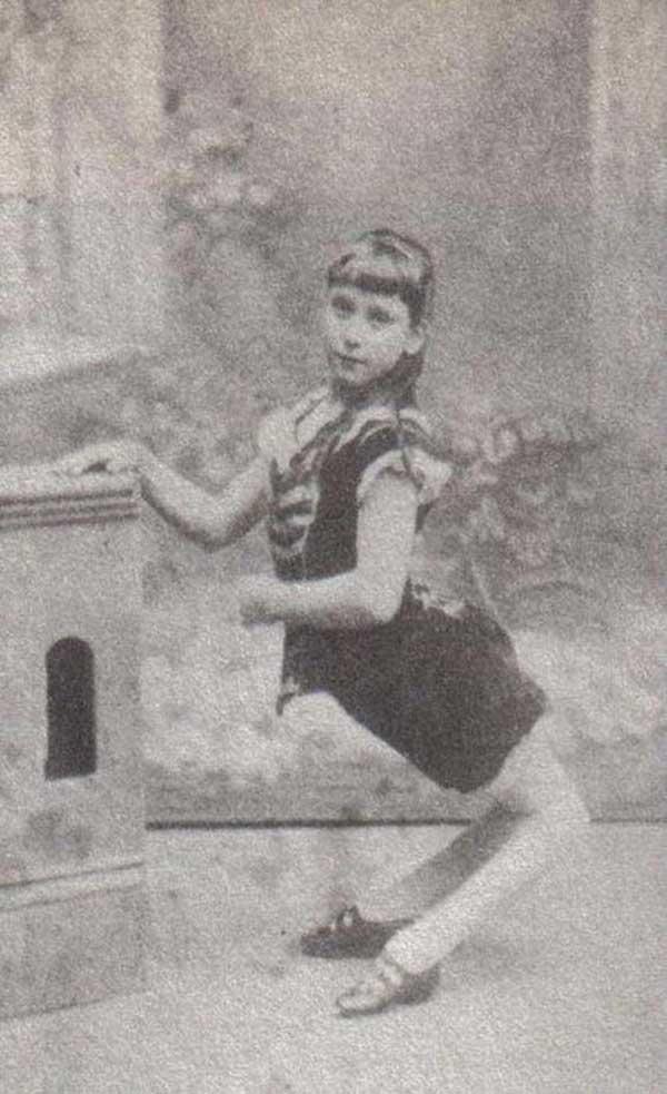 circus freaks ~ camel girl ~ old creepy photos