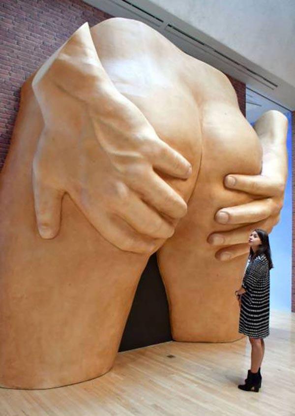 Do Not Enter ~~ funny pics & memes ~~ crazy bad butt statue