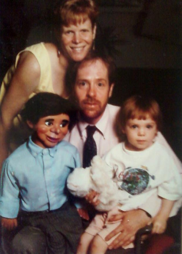 Was the Dummy the only one who thought this was a bad idea? ~.~ Awkwardly funny family portrait