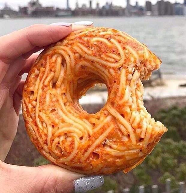 Spaghetti donut ~ Funny pics & memes