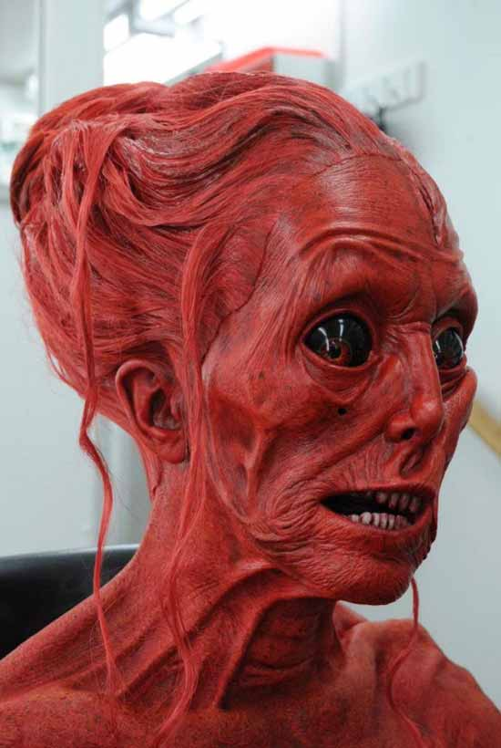 Creepy woman alien face ~ Funny Pics & Memes