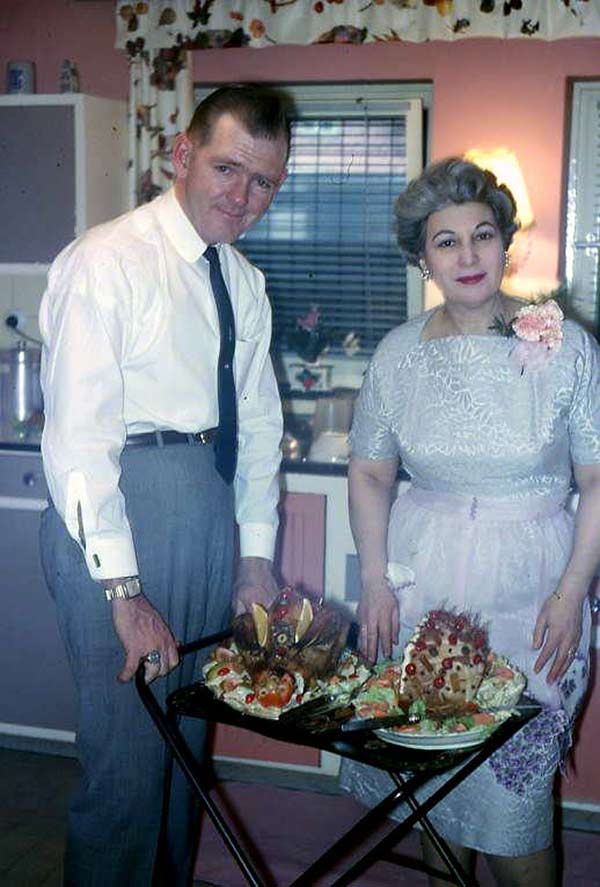 """May we suggest the ham?"" ... ~.~ ... awkward family funny pics, vintage photos snaps"