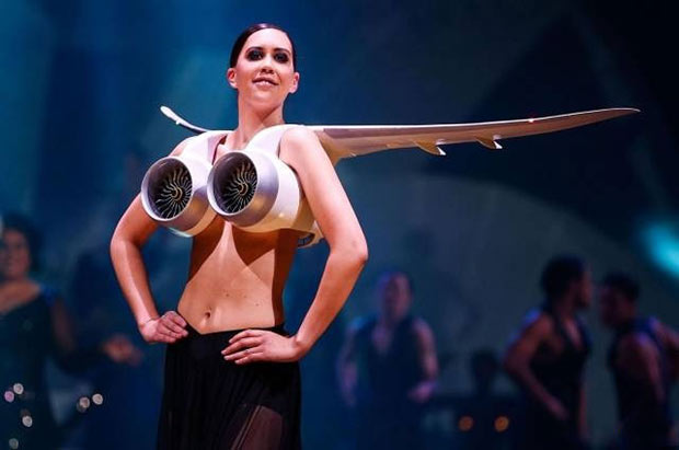 Random Humor : 35 Funny Pics and Memes ~ Runway model fashion fail jet engine bra