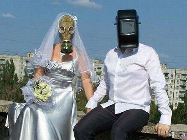 23 Funnest Wedding Photos, Awkwardly Speaking