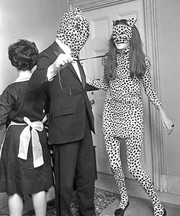 31 Funny Awkward Family Photos ~ vintage snap role playing leopard outfits