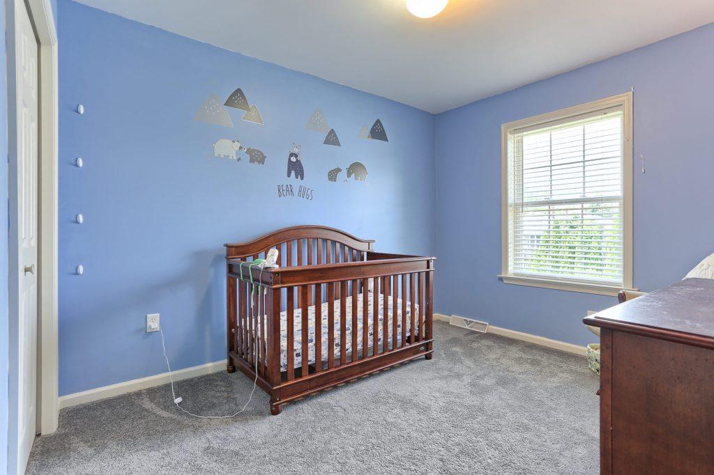 189 Twin Creeks Dr - Bedroom 3