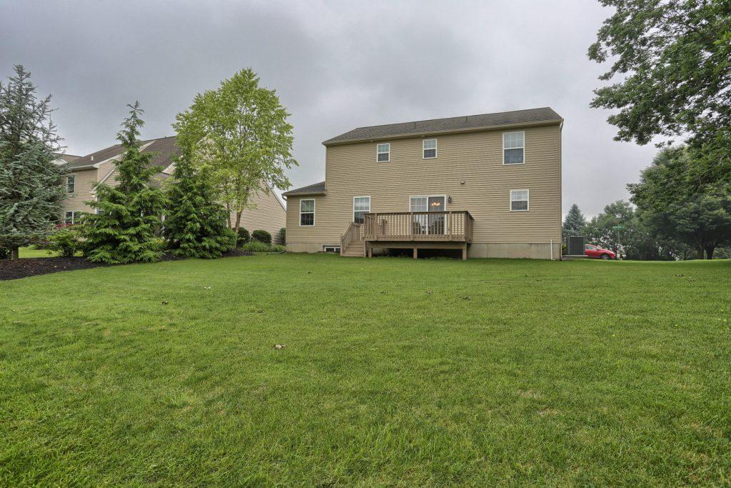 500 Waterside Circle - Backyard 4