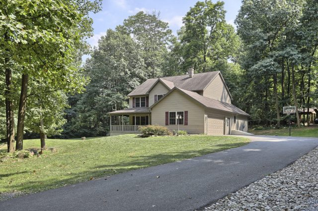 204 Black Oak Road - Front of Home