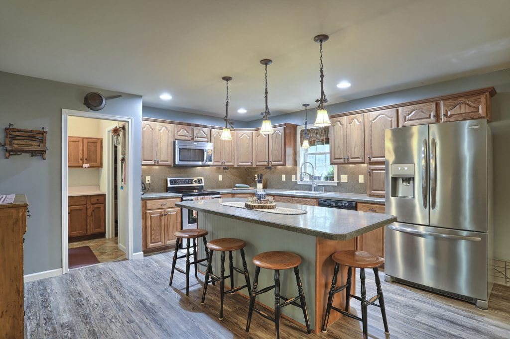 204 Black Oak Road - Kitchen