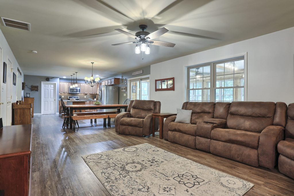204 Black Oak Road - Living Area of home