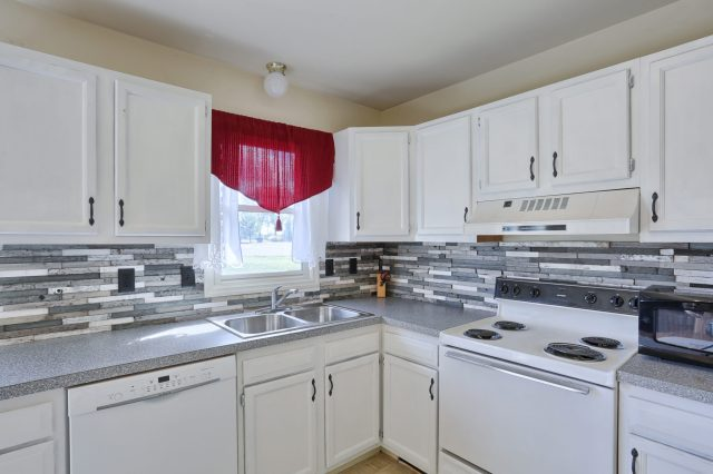 2160 Walnut St - Kitchen 2