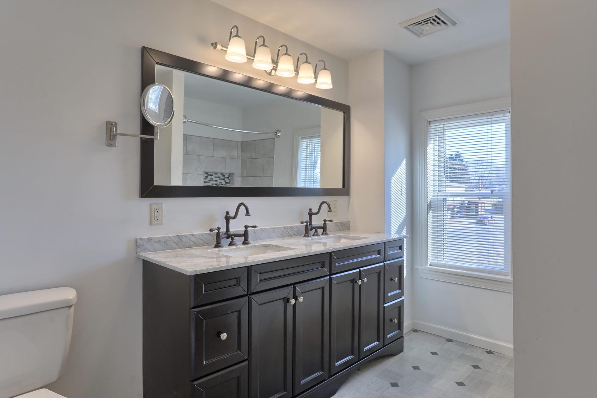 12 E. Center Ave. - Bathroom