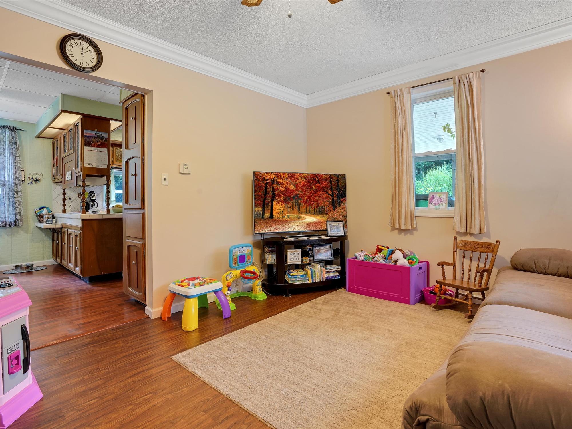 850 Prescott Dr. - Living Room 3