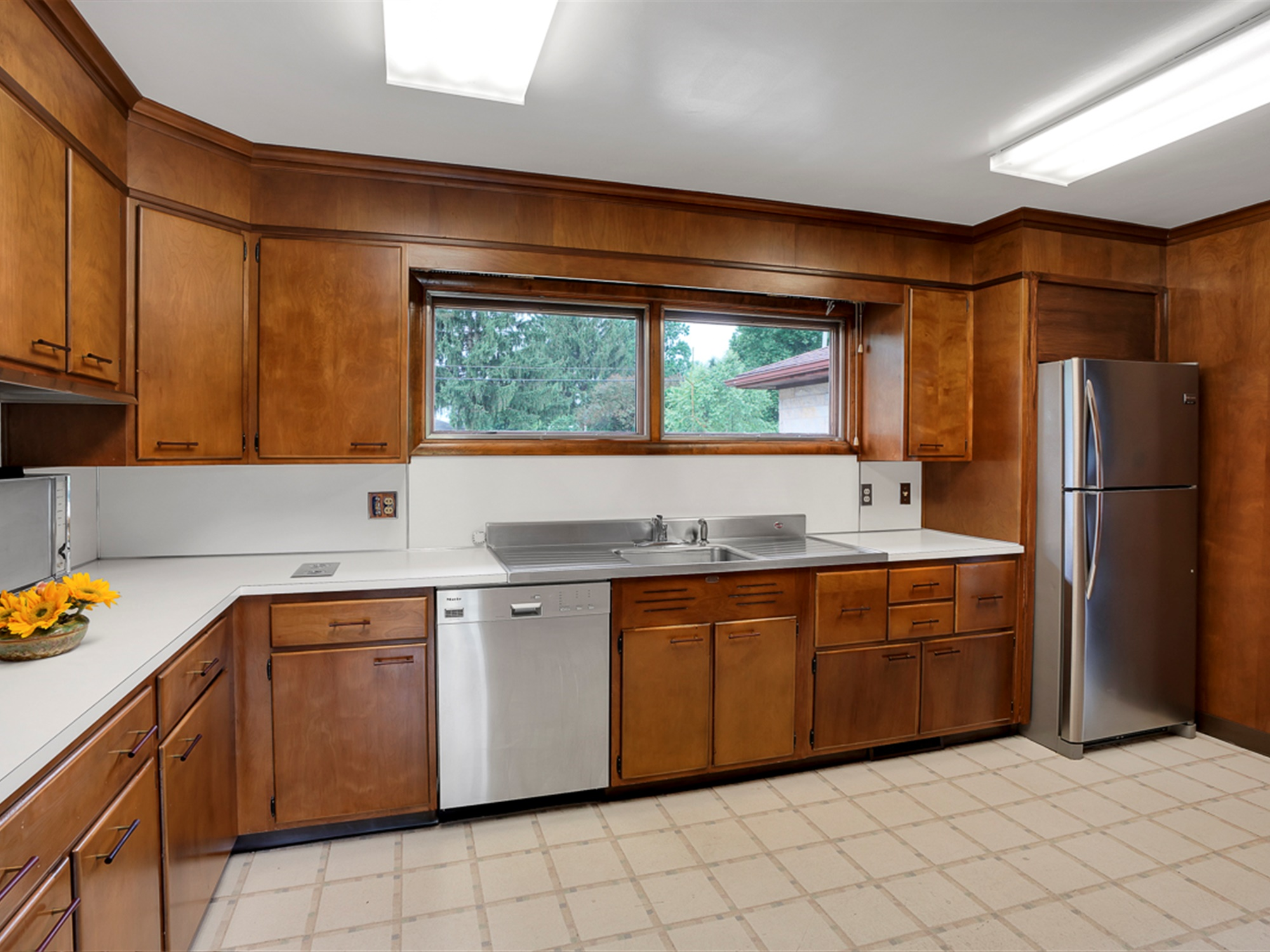 964 Reber St -Kitchen 3