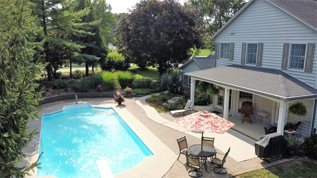 233 Troon Way - This backyard is made for summer