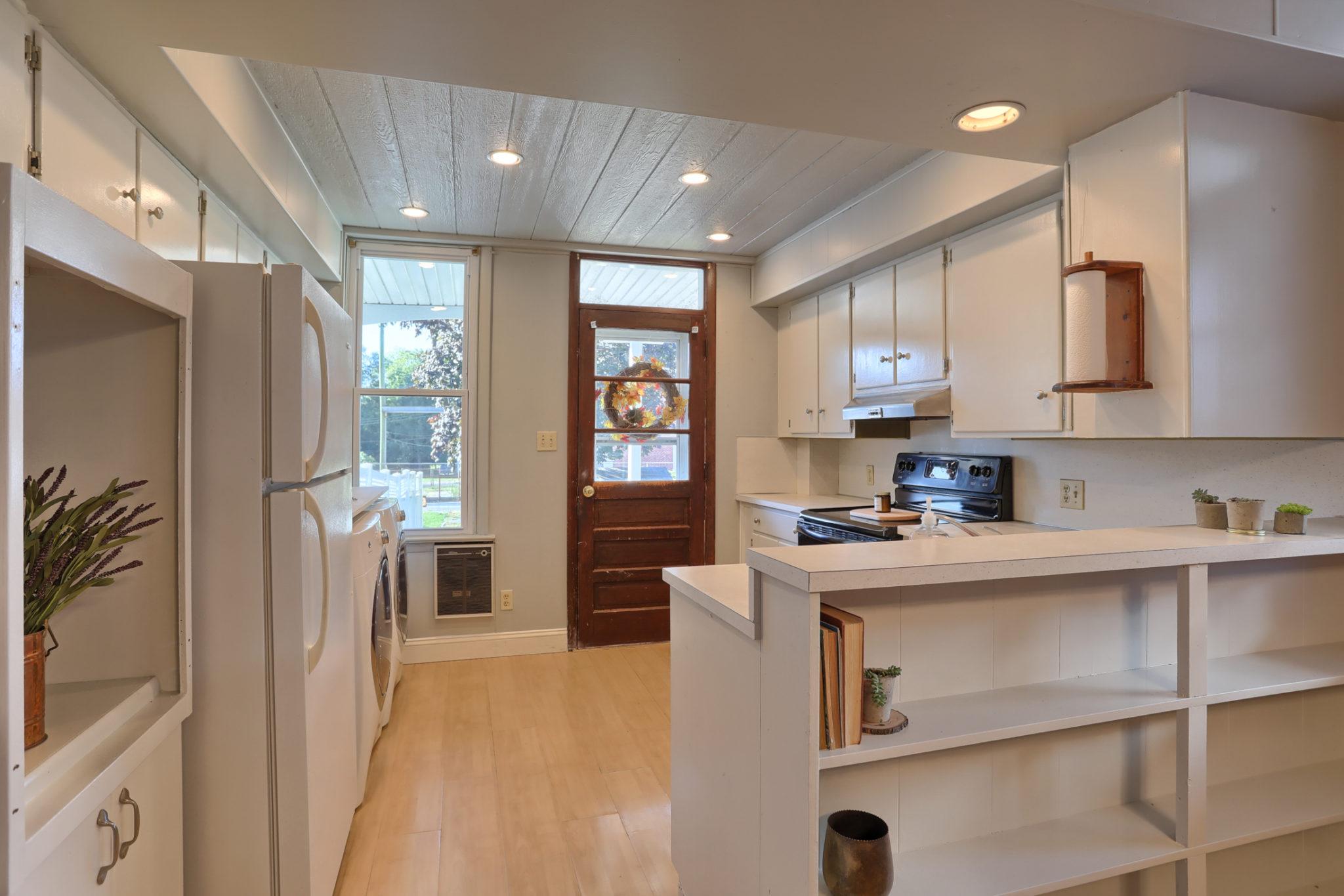 12 E. Maple Avenue - Kitchen/Dining Area 4