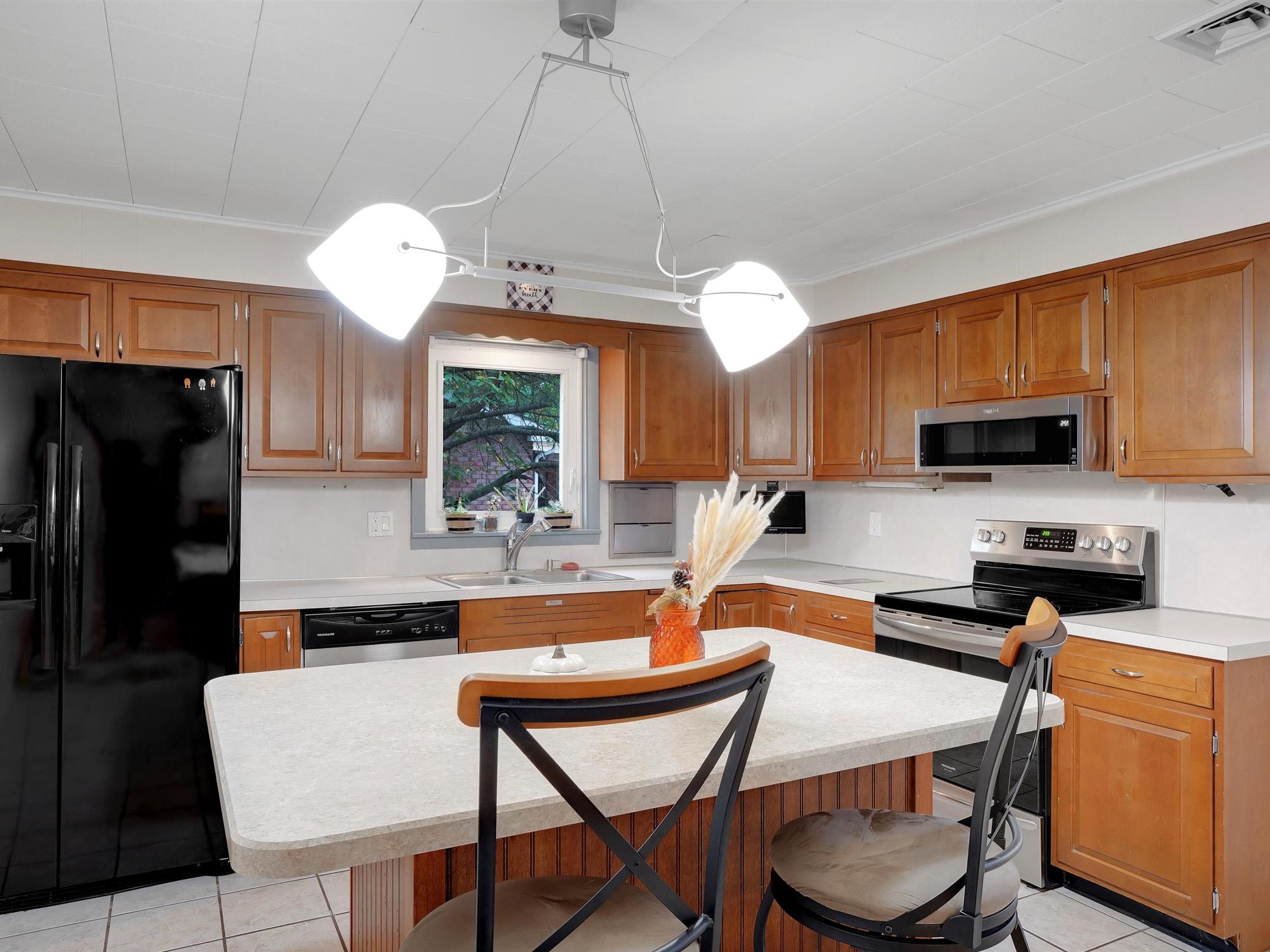 2022 Kline ST - Kitchen view