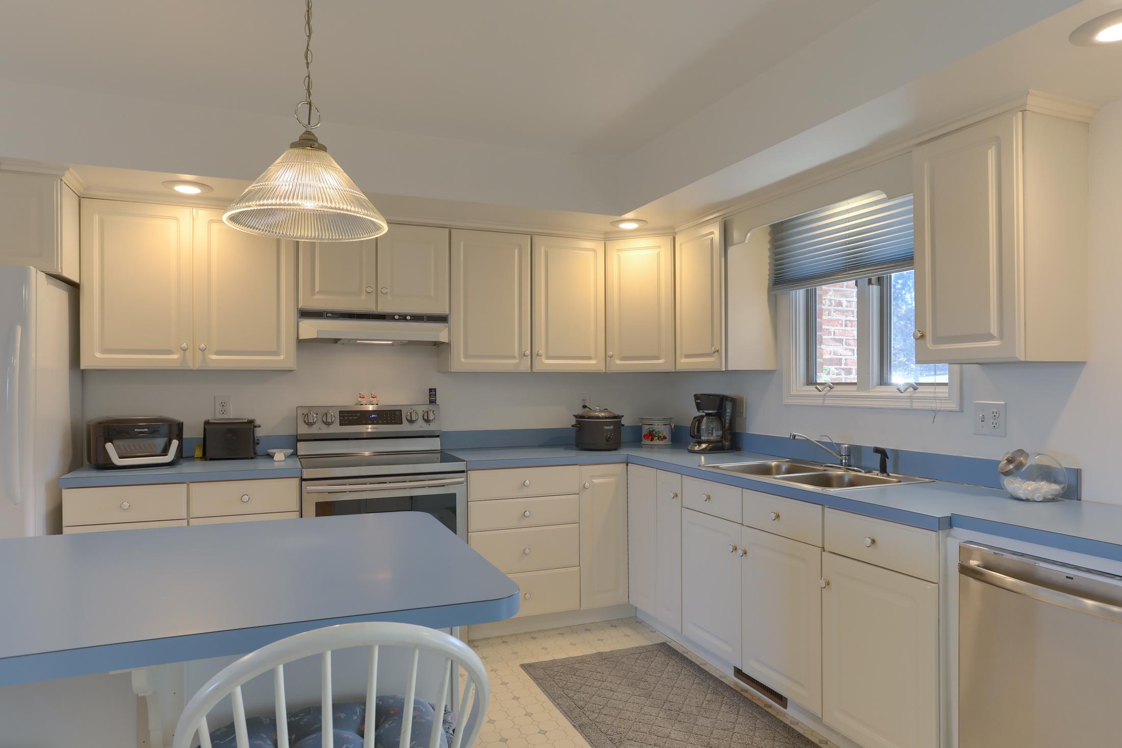 26 W. Strack Drive - Large Kitchen