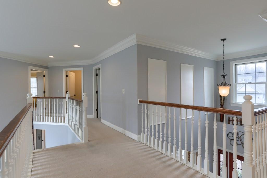 2000 mallard lane - feel the spacious cedar crest home on open walkway on 2nd floor