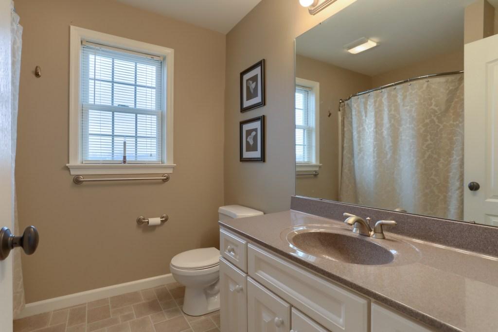 2000 Mallard Lane - 2nd bathroom