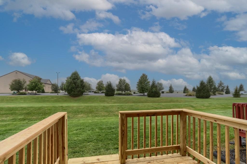 2158 Walnut Street - backyard view