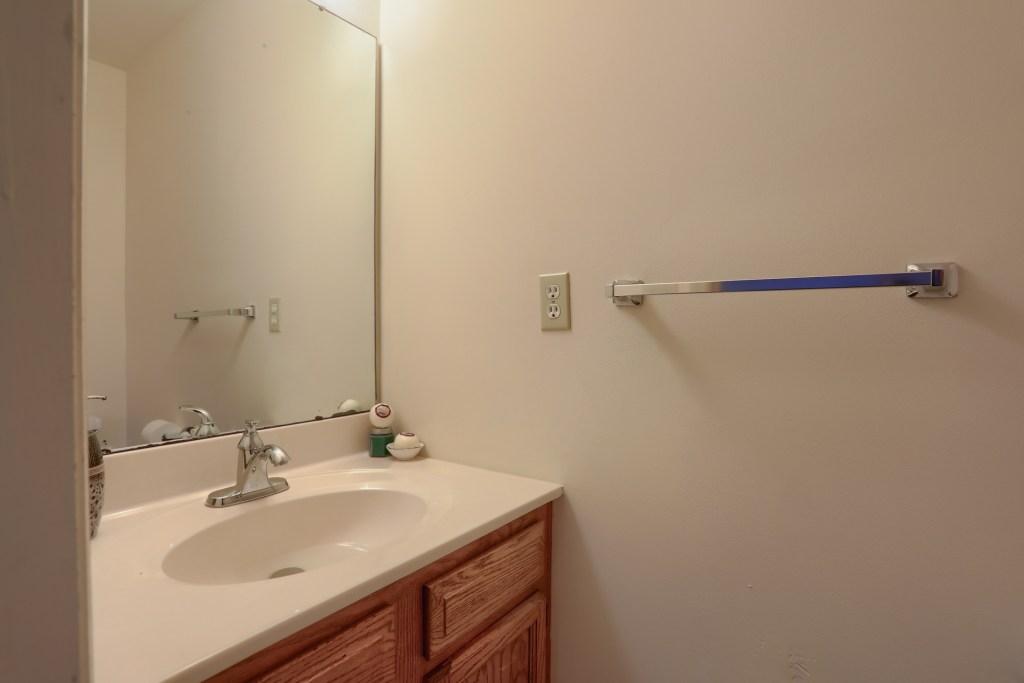 2158 Walnut Street - first floor powder room