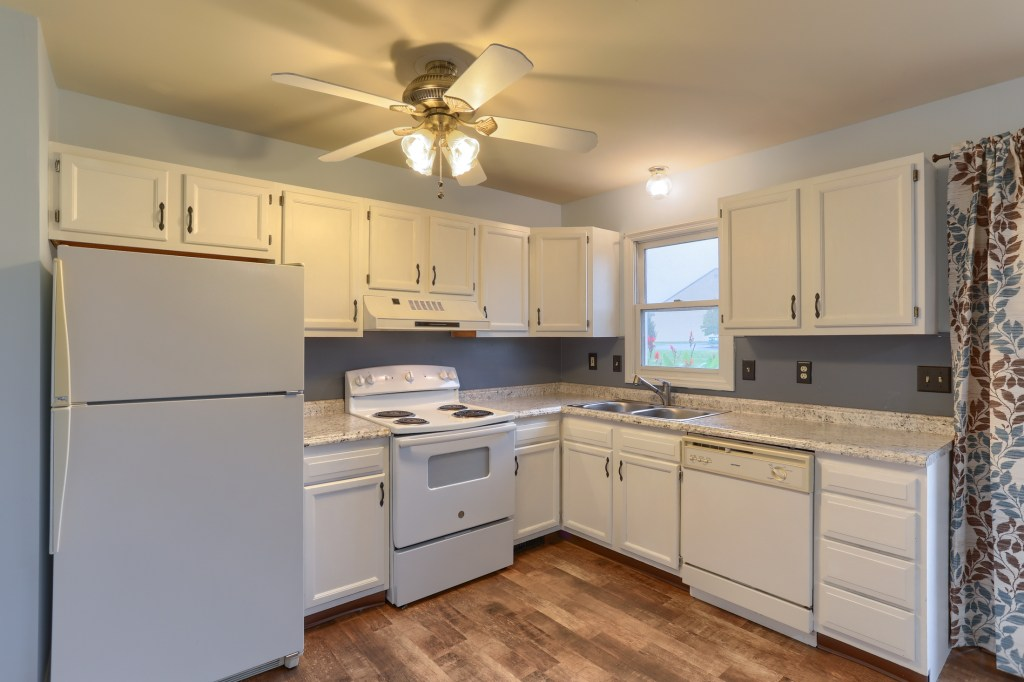 2158 Walnut STreet - kitchen