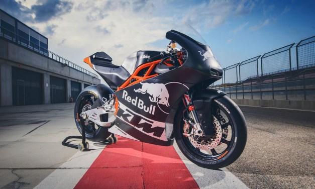 El Red Bull KTM Ajo da un ilusionante salto a Moto2 en 2017