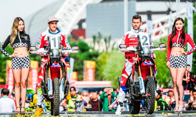 Doblete del Team HRC en la primera etapa del China Grand Rally