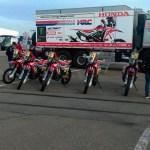 Camino a Sudamérica. El Monster Energy Honda Team embarcó sus vehículos en Le Havre