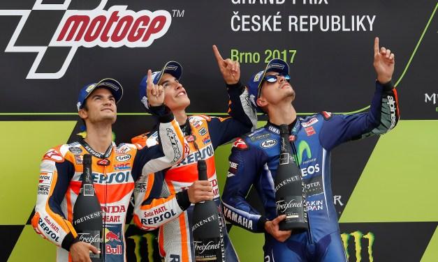 Nuevo doblete de Márquez y Pedrosa en una carrera 'flag to flag'