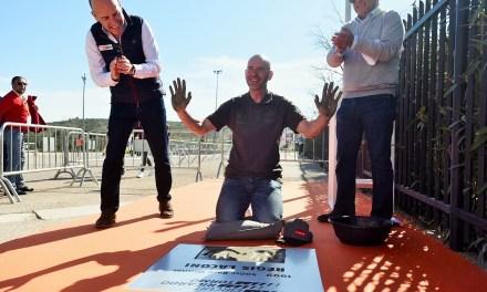 Regis Laconi inaugura el Paseo de la Fama en la primera jornada del Racing Legends