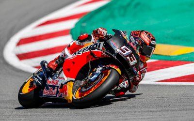 Los pilotos del equipo Repsol Honda trabajan duro en el test de Catalunya