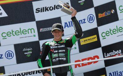 Gran actuación de los pilotos del Kawasaki PL Racing Junior Team en el Circuit Ricardo Tormo