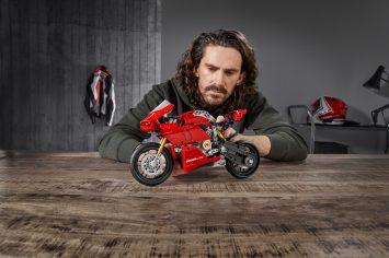 Ducati Panigale V4 R LEGO® Technic ™