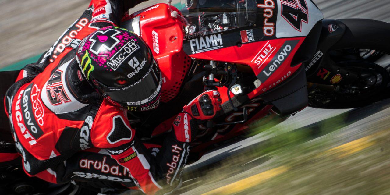 Las pruebas concluyen en Barcelona para el equipo Aruba.it Racing – Ducati con Redding 2º y Davies 9º respectivamente