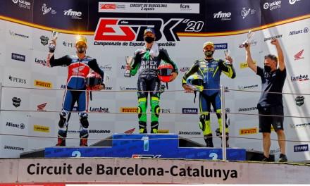 Emoción e igualdad en la primera jornada de ESBK en el Circuit