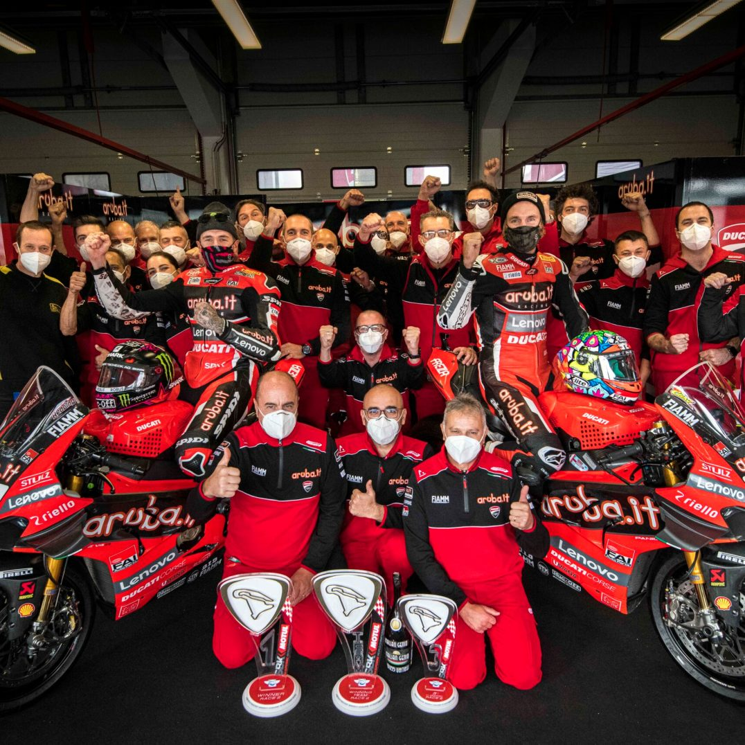 Chaz Davies, Scott Redding, Ducati Team, Circuito de Magny Cours, WSBK, @yiyodorta, @teammotofans, #PacoCueto, Aruba.it Racing - Ducati Team