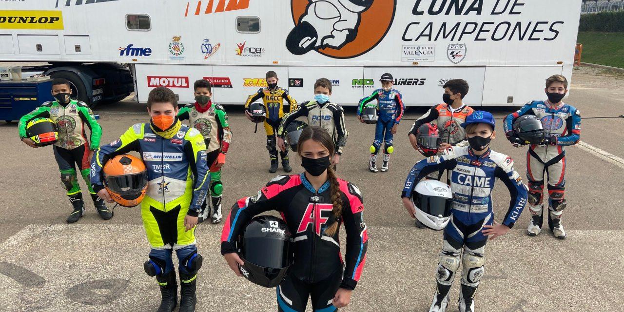 Alejandra Fernández, la mejor de las pruebas de selección de Moto4 de la Cuna de Campeones