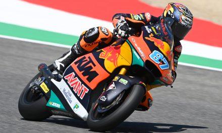 Triunfo en Moto2 para el líder Remy Gardner por milésimas sobre Raúl Fernández
