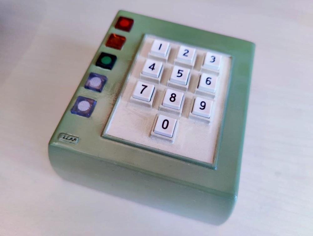 TRW Keypad