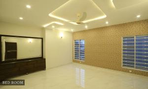 floor wallpaper dressing table